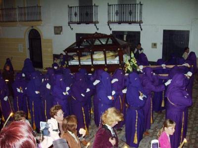 20070407134943-procesion-viernes-santo-i.jpg