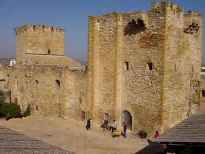 20070417131034-conjunto-monumental-castillo-y-tercia.jpg