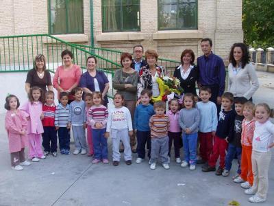 20071025162202-visita-delegada-educacion.jpg