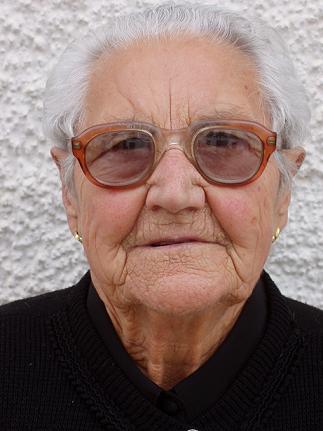 María del Carmen Hidalgo Padilla, Fue una mujer valiente y muy buena madre. - 20080221164236-copia-de-obituario-de-maria-del-carmen-hidalgo-padilla