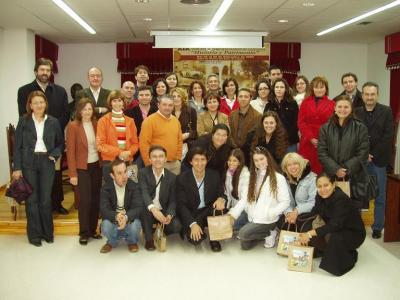 20080226105504-profesores-sudamericanos-visitan-lopera.jpg
