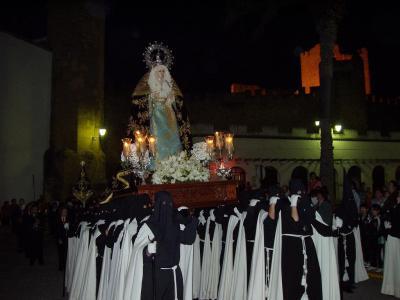 20090404093528-copia-de-procesion-viernes-de-dolores.jpg