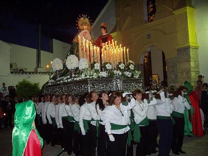 20090409095411-uno-copia-de-procesion-martes-santo.jpg