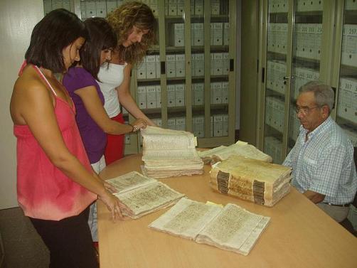 20090903165518-digitalizacion-fondos-archivo-municipal.jpg