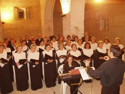 20090921111947-copia-de-concierto-orfeon-cajasur-en-lopera.jpg