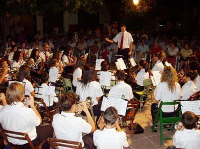 20100803091757-copia-de-concierto-barrio-del-pilar.jpg