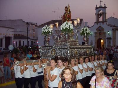 20100813101007-copia-2-de-comienzan-las-fiestas-patronales.jpg