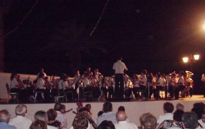 20100818184911-concierto-jardin-municipal.jpg