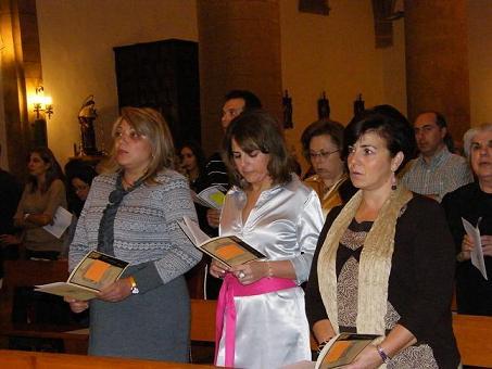20101014162310-copia-de-profesion-en-la-fraternidad-franciscana-de-tres-loperanas.jpg