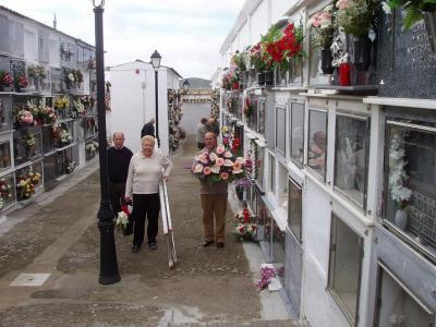 20101102102815-dia-de-todos-los-santos-lopera.jpg