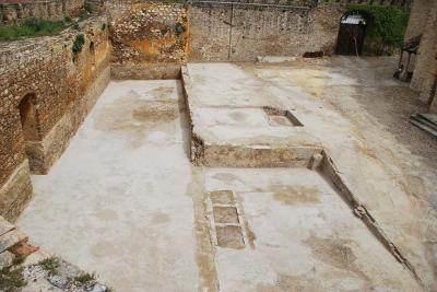 20110407133204-castillo.jpg