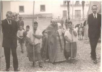 20110418101637-procesion-domingo-de-ramos.-1955.jpg