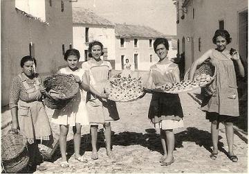 20110420183301-mujeres-haciendo-dulces.jpg