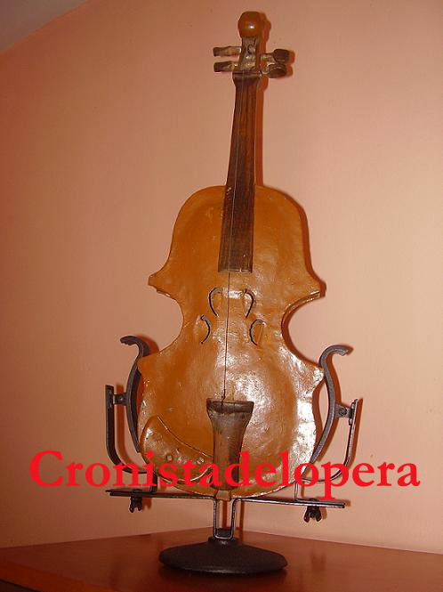 20110707130006-copia-de-el-violin-de-chapa-copia.jpg