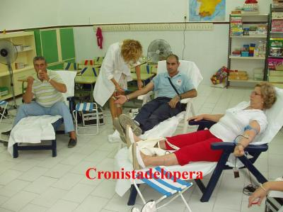 20110923112334-extraccion-colectiva-de-sangre-copia.jpg