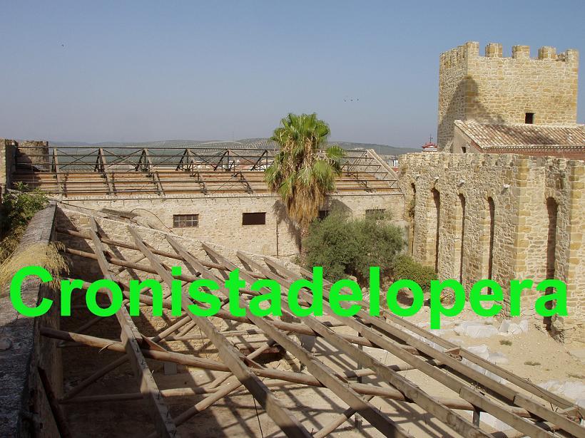 20120725104316-castillo.jpg