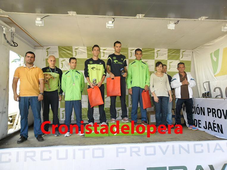 20121021155815-podium-masculino-copia.jpg