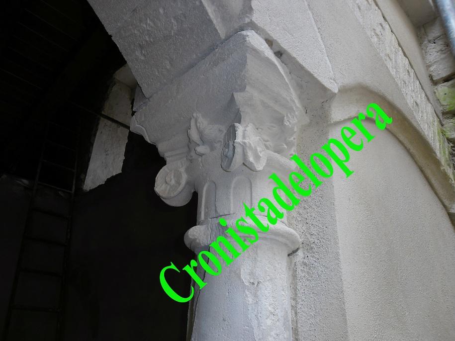 20121201192656-capitel-jonico-en-el-copia.jpg