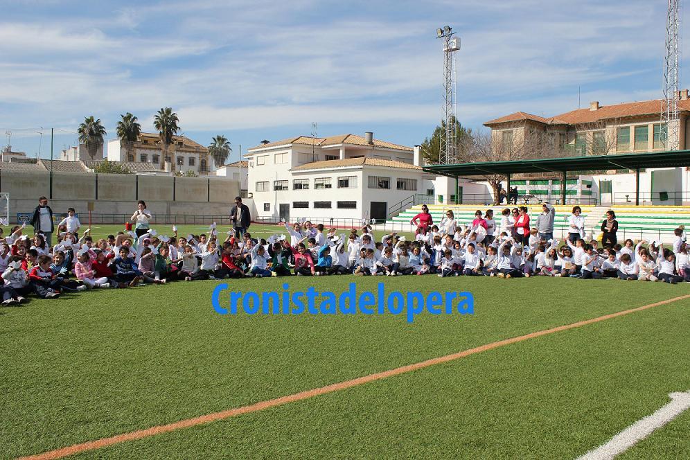 20130130182029-escolares-de-lopera-celebran-el-dia-de-la-paz-copia.jpg