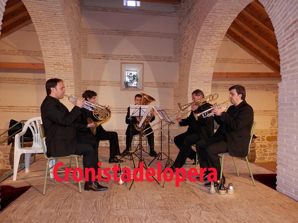 20130323122323-concierto-de-camara-quinteto-cordobrass-copia.jpg