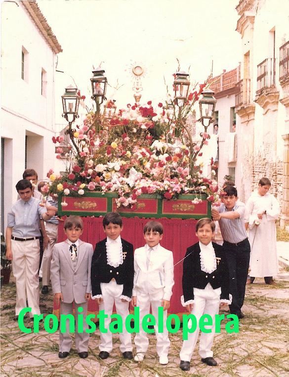 20130530180026-teo-garcia-diego-avino-gonzalo-melero-y-juan-ramon-maderp-1980-copia.jpg