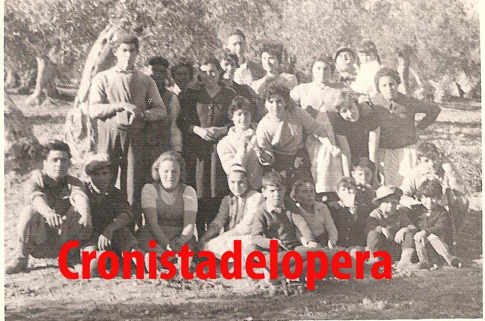 20131003113222-cuadrilla-de-manuel-gonzalez-carmona-en-el-cascabillo-en-1958.jpg