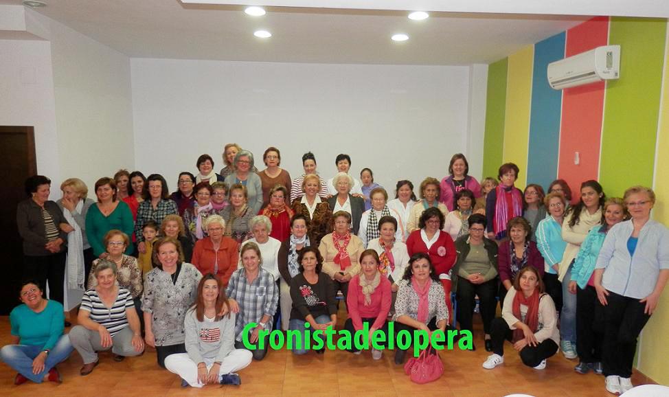 20131110113928-ochenta-mujeres-participan-en-el-iv-encuentro-provincial-de-terapias-alternativas-copia.jpg