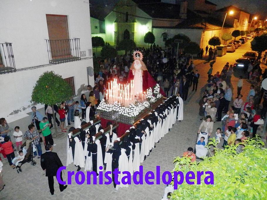 20140412175923-procesion-viernes-de-dolores-en-lopera-copia.jpg