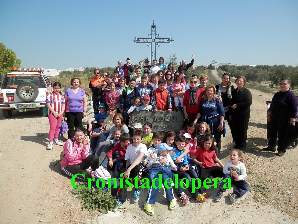 20140416120310-vi-peregrinacion-a-la-cruz-de-san-roque-copia.jpg