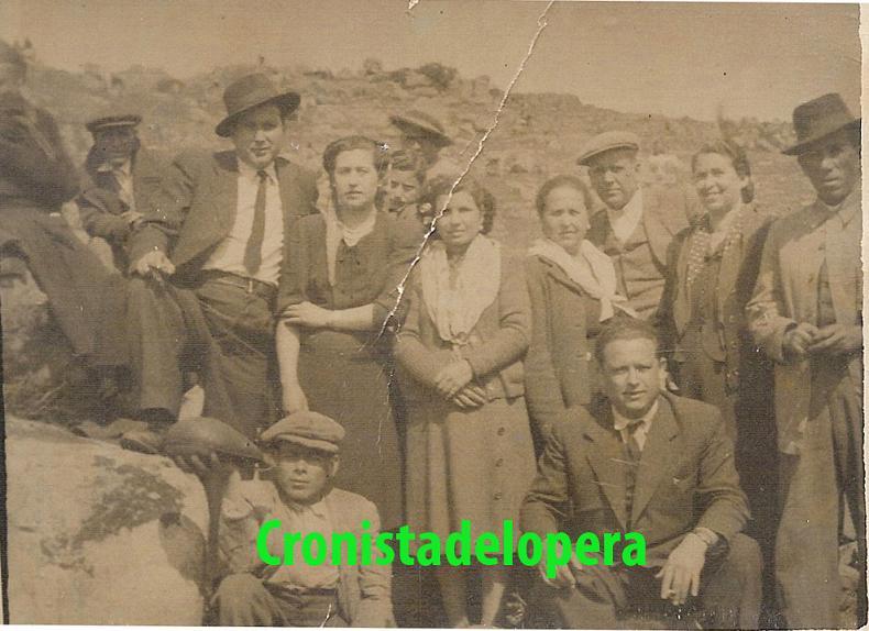 20140426115711-loperanos-virgen-de-la-cabeza-1954-copia.jpg