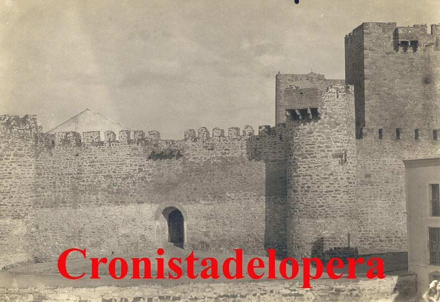 20140802185108-castillo-de-lopera-ano-1928-copia.jpg