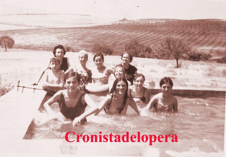 20140808165804-alberca-el-confietro-julio-1969-copia.jpg