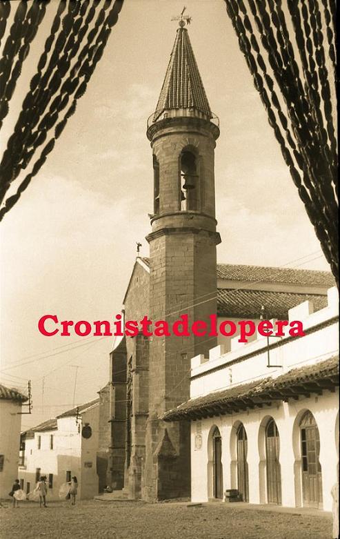 20141014163737-vista-de-la-plaza-desde-la-zapateria-de-francisco-alcala-copia.jpg