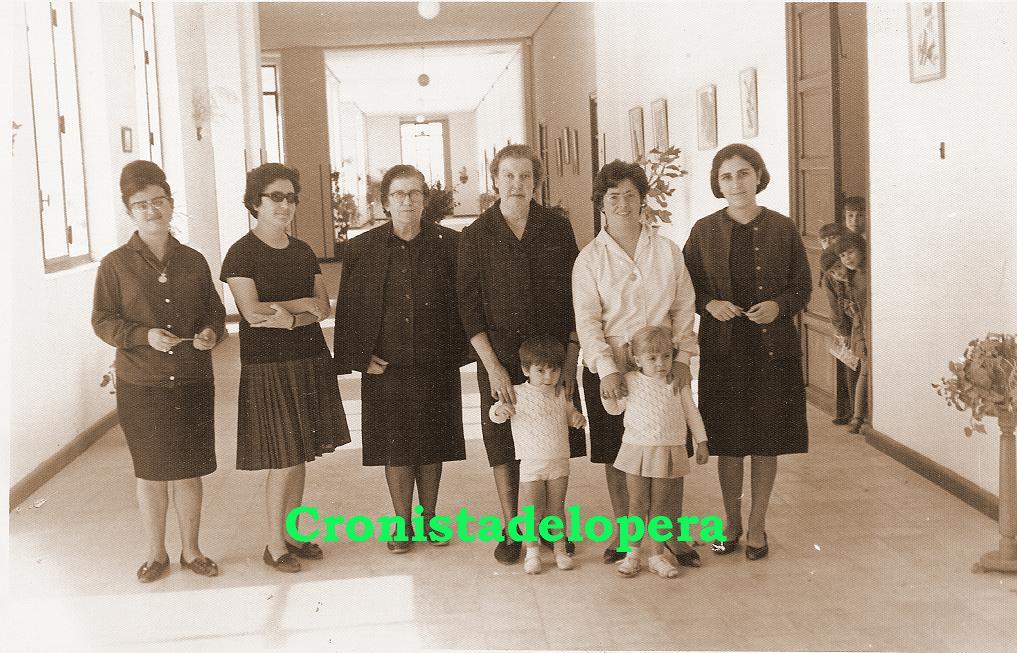 20141107164158-maestras.jpg