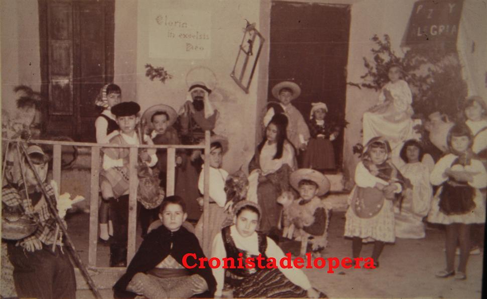 20141222161234-nacimiento-viviente-en-calle-garcia-de-leaniz.jpg