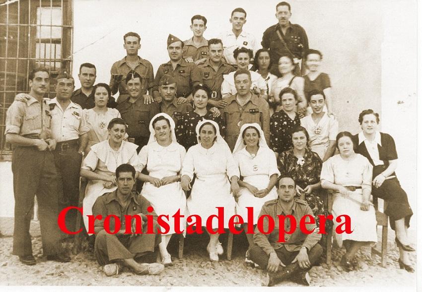 20150207094541-mandos-y-grupo-de-auxilio-social-1937-copia.jpg