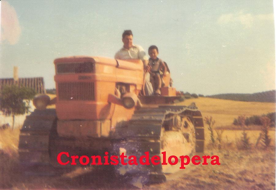 20150310092758-arrando-en-lso-morrones.-tractor-fiac-oruga.jpg