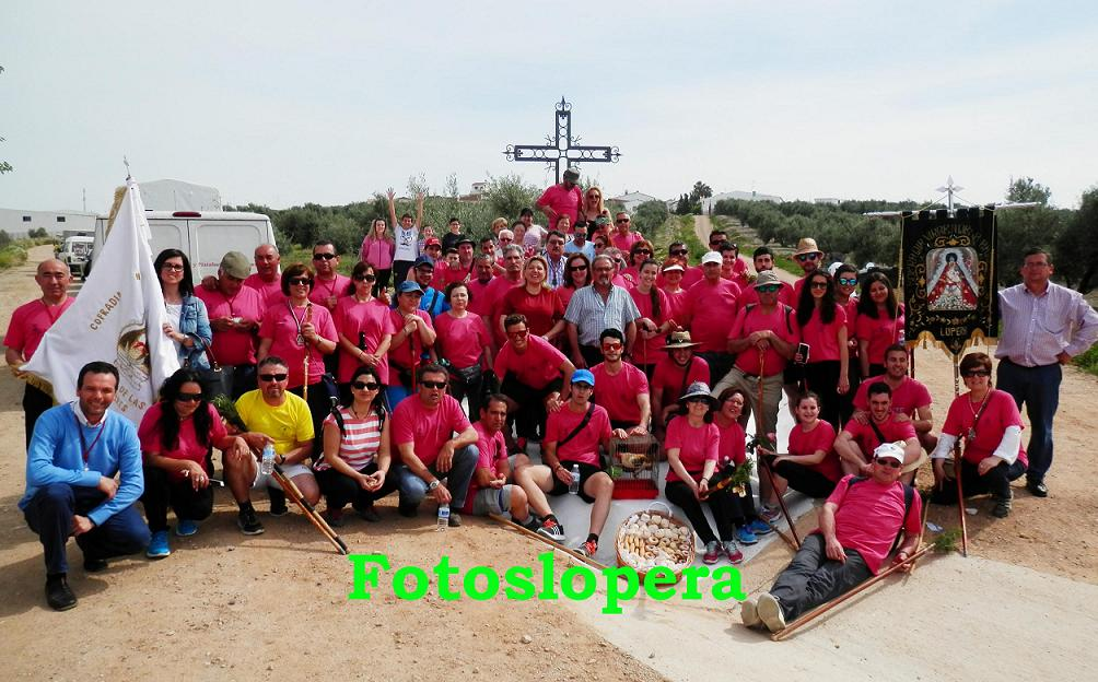 20150424124419-recibimiento-peregrinos-canete-de-las-torres-en-lopera-copia.jpg