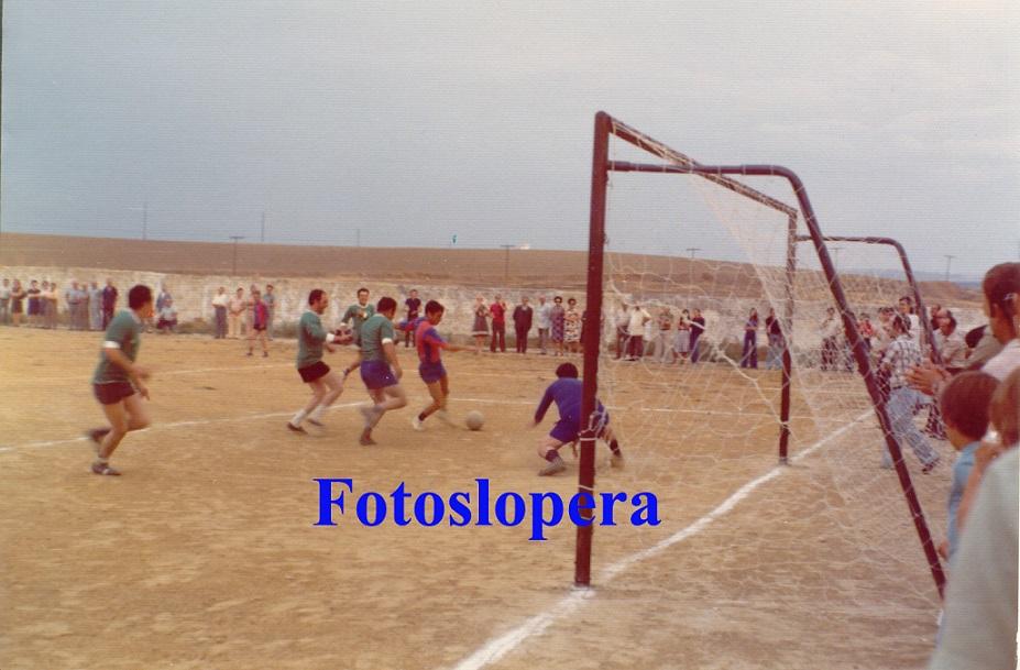 20150706201112-futbol-veteranos-28-8-1976-copia.jpg