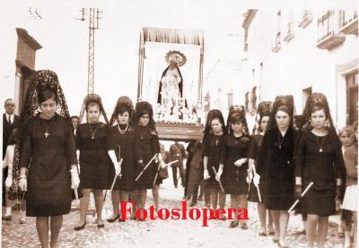 20151217163248-procesion-soledad-xi-v-1958.jpg