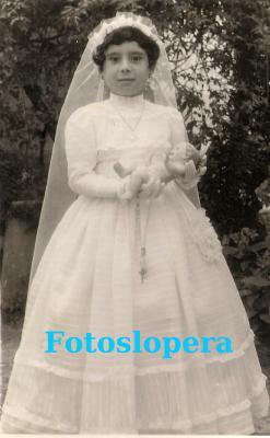 20160505104410-esperanza-lozano-hueso-1959..jpg