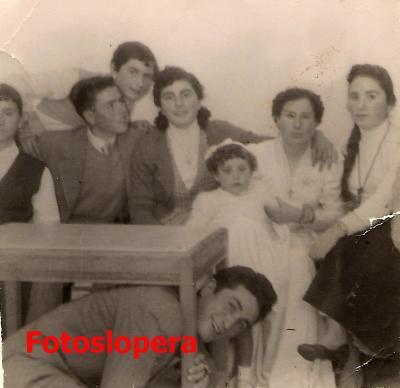 20160526114337-1957.-francisco-valenzuela-antonia-gomez-araceli-gomez-dolores-huertas-pilar-castillo-diego-gomez.-copia.jpg