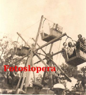 20160701123242-noria-manual-en-la-feria-de-los-cristos-del-ano-1935.jpg