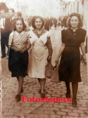 20160811094639-loperanas-hermanas-carrasco-fuentes-caundo-se-fueron-a-servir-a-madrid..jpg
