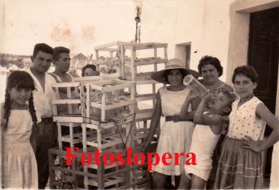 20160817124150-familia-quero-con-carmen-relano.-1964-calle-pilar-copia.jpg