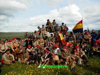 Lopera acoge la I Recreación Histórica Batalla de Lopera 1936, con una buena participación de público.