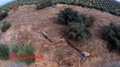 Vista aérea de las Trincheras de las Esperillas y sus aledaños a través de una foto realizada con un drone por Rafael Quero Monje.