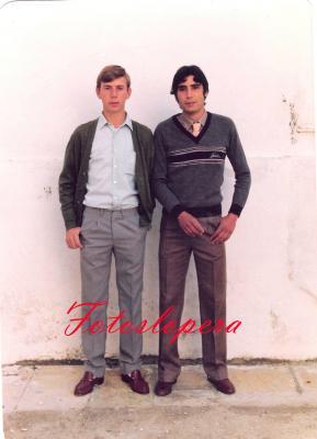 Los Quintos del año 1983 Rafael Melero y Carlos Gómez.