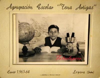 """El alumno de la Agrupación Escolar """"Tena Artigas"""" Mateo Ruiz García. Lopera Curso Escolar 1963-64"""