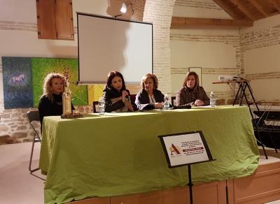 La Casa de la Tercia acogió la Presentación Oficial del Centro de Atención a Personas con Alzheimer y otras demencias de Lopera.